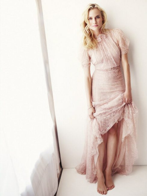 Diane Kruger in pale pink lace Valentino dress via dustjacketattic.blogspot.com